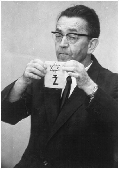 http://www.holocaustresearchproject.org/holoprelude/eichgal/Alexander%20Arnon%20testifying%20at%20the%20trial%20of%20Adolf%20Eichmann%20in%20the%20District%20Court%20of%20Jerusalem%20in%201961..jpg