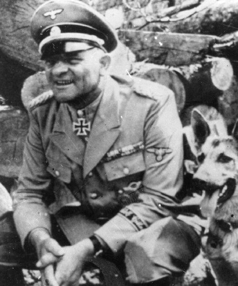 http://www.holocaustresearchproject.org/holoprelude/images/Sepp%20Dietrich.jpg