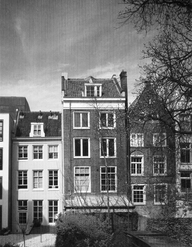 Anne Frank and Her FamilyAnne Frank House Amsterdam