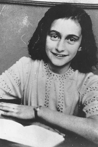 a biography of anne frank a girl killed during the holocaust When otto frank told her anne had died she gave it to him the story of a young jewish girl during the holocaust anne frank and the holocaust.
